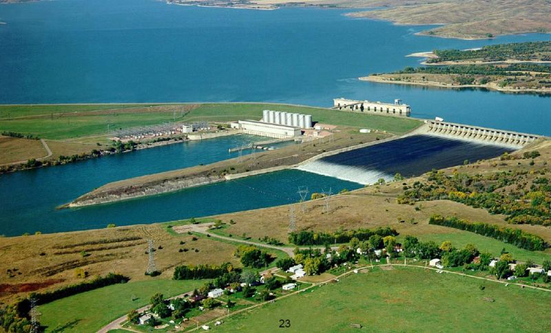 Fort Randall Dam, Lake Francis Case