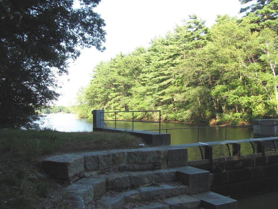 Framingham-ma-cochituate-dam