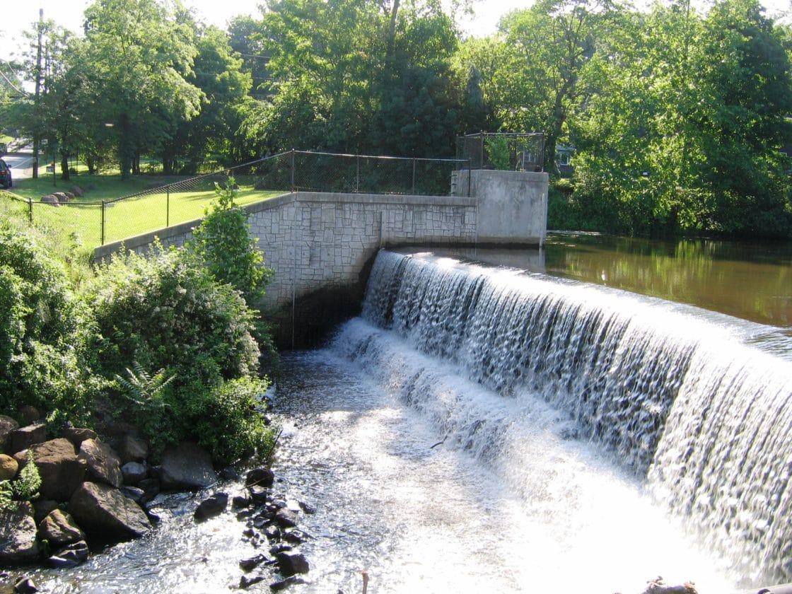 Dam rehabilitation meriden ct tata howard for Small pond dam design
